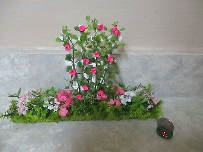 "8 3//4/""x 5 1//2/""h Miniature doll//dollhouse PINK rose trellis//floral side garden"