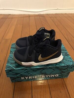 321878624193 NIKE KYRIE 3 Shoes Baby Boy Size 6 Dark Blue gold -  35.00