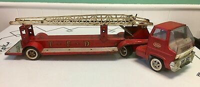 VINTAGE TONKA T.F.D. AERIAL HOOK AND LADDER FIRE TRUCK 1960's