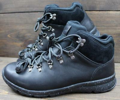 1877abf5ccd NWOB NEW DANNER Mens Mountain 503 Black Leather Light Hiking Boots Size 9.5  D