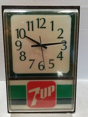 7 UP Electric Wall Clock, Lighted Face