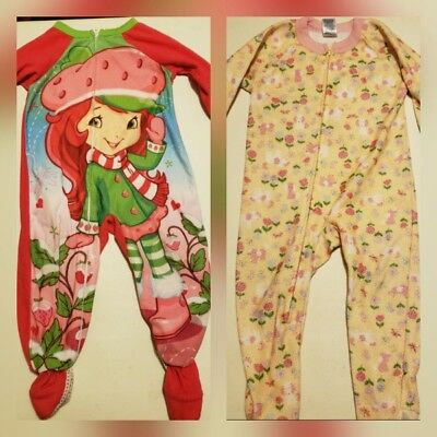 d97f465fad Lot of 2 Girls Footie Pajamas strawberry shortcake  floral puppy size 24  months