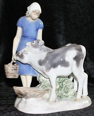 "Bing&Grondahl / Royal Copenhagen Figur #2270 ""Girl With Calves"" Top 1. Wahl"