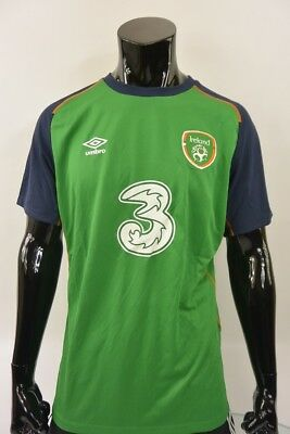 Ireland Umbro Training Football Shirt SIZE XL (adults)