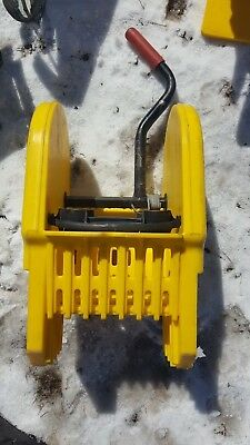 Rubbermaid commercial mop wringer yellow  HD slide on side press mopping
