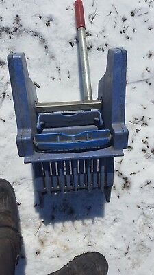 commercial grade  mop wringer blue  HD slide on side press mopping mechanism