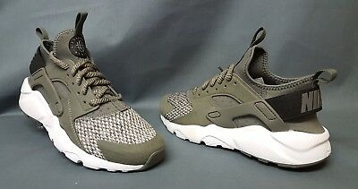 a33b72882d71 Nike Air Huarache Run SE (GS) Athletic Sneakers River Rock Boys Size 6.5 NEW