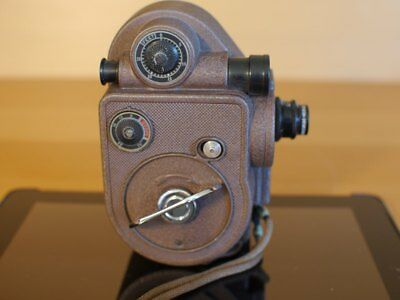 Cine Camera with Manual Crank From The 40's (Revere 8mm Model 88 w/ Case)