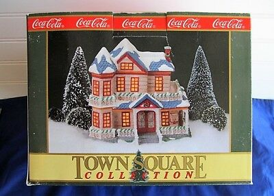 Coca Cola Town Square Collection: #7300 Dee's Boarding House Retired Rare