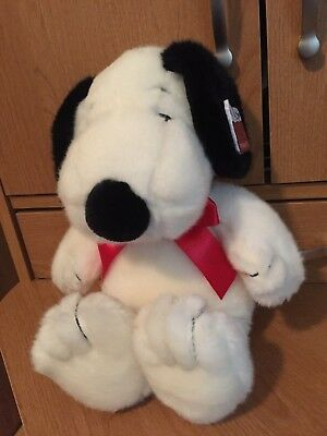 PEANUTS Plush Snoopy Dog Cedar Fair 2010 with TAG Stuffed Animal Toy 13 INCHES
