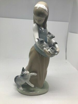 "Vintage Lladro Retired FOLLOWING HER CATS 9.5"" MINT Girl with Kittens"