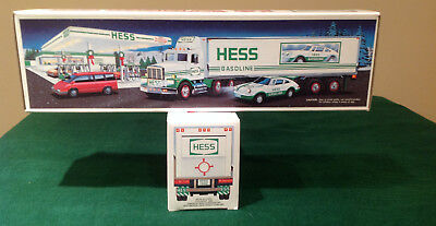 Vintage Hess 1992 Toy Truck And Racer Lights And Sounds NIB
