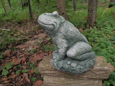 Large Smiling Cement Sitting Frog Garden Art Green Patina Concrete Statue  Jumbo