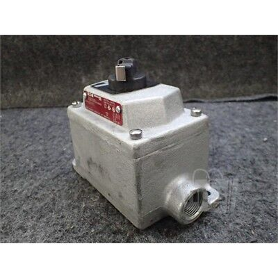 "Eaton EDS21273 Crouse-Hinds Selector Switch, 3/4"", 600VAC"