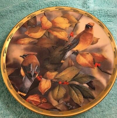 "LENOX PLATE NATURE'S COLLAGE ""Among the Berries"" 1992 CATHERINE MCCLUNG"
