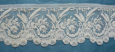 340 cms. antique Brussels Point de Gaze lace circs 1860  - wheatears and daisies