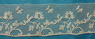 125 cms antique bobbin lace border