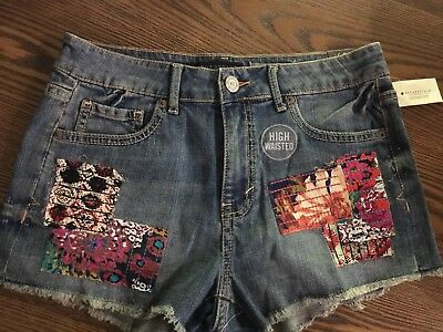 Aeropostale High Waisted Daisy Floral Patch Shorty Shorts - Size 6 ~ NWT