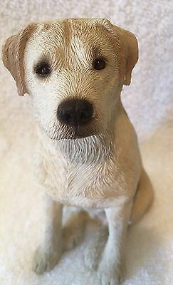 YELLOW LABRADOR SANDICAST by Sanda Brue #M337 Vintage 1989 Lab Puppy Sitting