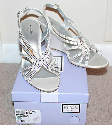 Unforgettable Moments Harmony Wedges Shoes Heels White Women's Size 8.5