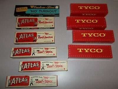 Vintage ATLAS & TYCO TOY TRAIN LOCOMOTIVE TRACKS - HO SCALE - LOT OF MISC.