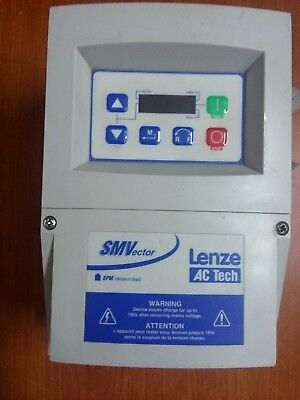 Lenze 8200 SMV Vector frequency inverter 0.37 Kw. - Used in good conditions