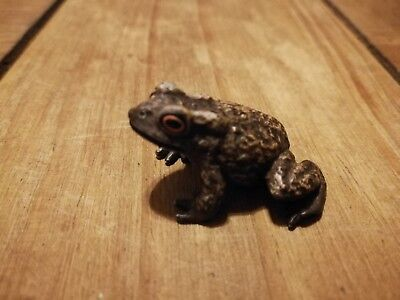 white metal cold painted miniature frog