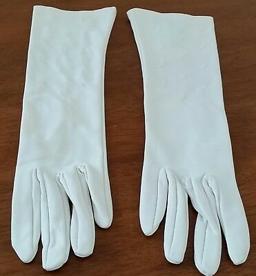 Vintage 70s KAYSER Nylon CREAM Mid Length LEAF Embroidered Day GLOVES size 7