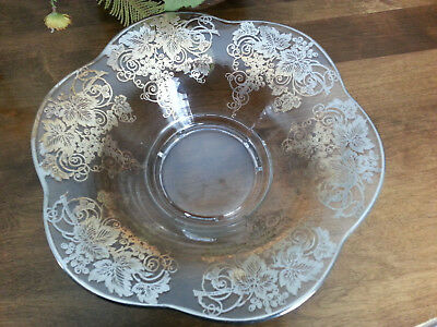 """Vtg.*  Decorative Lg 12 1/2"""" Scalloped Console Bowl*  Silver Overlay on Glass*"""