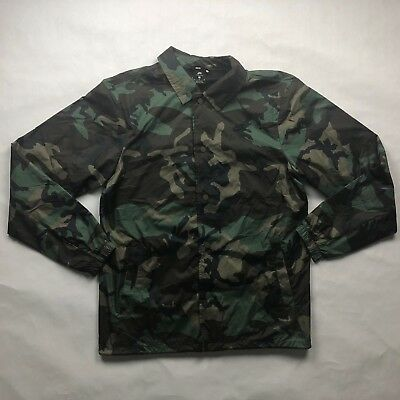 0be0713687dc Nike SB Shield Green Brown Camo Button Up Coaches Jacket AH5505-222 Men s  Medium