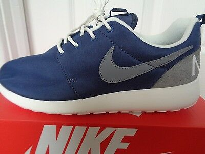 new product 26580 395b2 Nike Roshe One retro trainers sneakers 819881 401 uk 7.5 eu 42 us 8.5 NEW IN