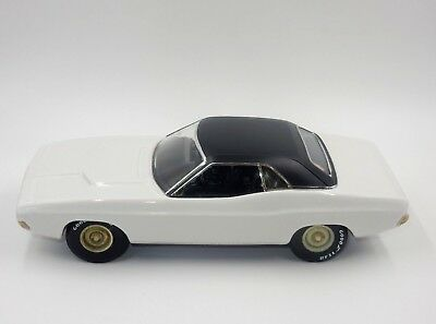 Vintage Jim Beam 1970 Challenger Custom Unpainted Decanter Car Regal China