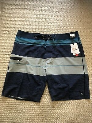 a5f0a2da0e Rip Curl Mirage MF Eclipse Ultimate Boardshorts Mens Size 38 Mid Leg 20""
