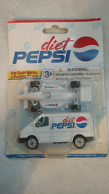 Golden Wheels Diet Pepsi DIE CAST AND PLASTIC PARTS 2 CAR SET