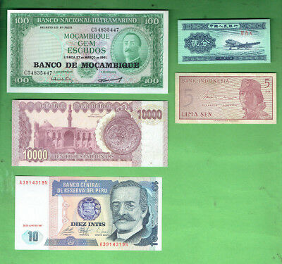 #d343.  14.   Ten  World  Banknotes