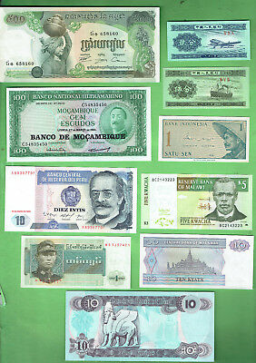 #d343.  15.   Ten  World  Banknotes