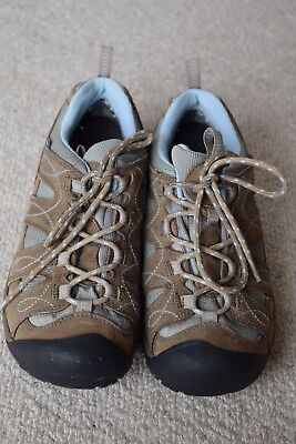 Keen womans walking/hiking shoes, boots...brown, light blue...size Us 8.5