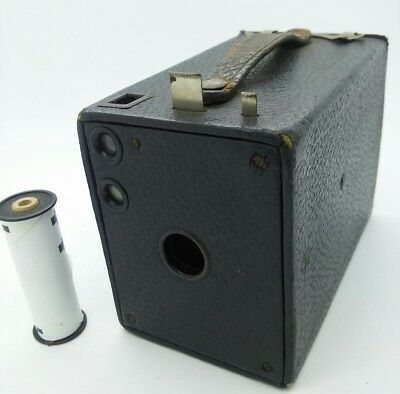 Vintage Kodak no.2 Cartridge Hawk-Eye Model E Box Camera w/used 120 film