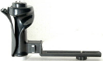 Vivitar Quick Release collapsible Flash Bracket for 35mm cameras, w/ IS