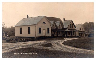 New Hampshire  . East Lempster ,  Main Street  , RPC