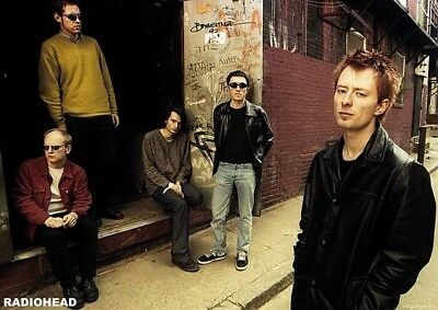 (LAMINATED) RADIOHEAD - BACK ALLEY 2005 POSTER (59x84cm)  PRINT NEW ART