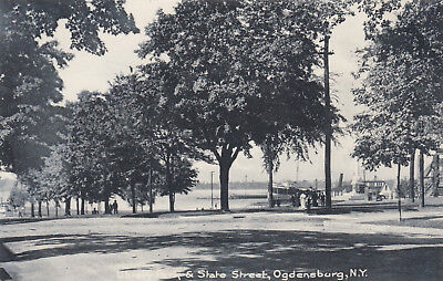 OGDENSBURG , New York , 1901-07; Library Park and State Street