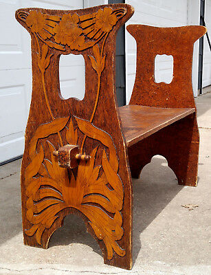 Antique Arts & Crafts Nouveau Heavily Carved Daisey Flower Wooden Bench