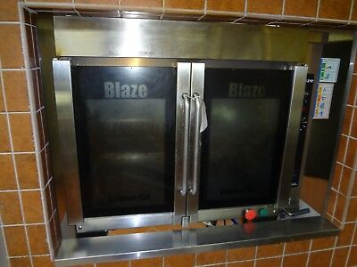 Hardt Blaze Natural Gas Rotisserie Oven With Skewers And Rack.