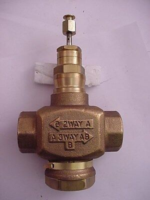 """Honeywell V5011N1065 2-3 Way Valve 1"""" NPT Ships on the Same Day of the Purchase"""