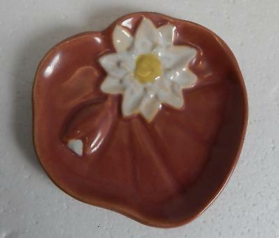 VTG 1940-1961 Rosemeade North Dakota Clay Pottery Water Lily Spoon Rest ROSE EUC