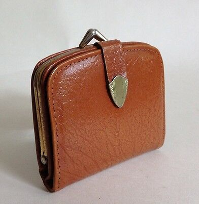 Vintage 1950s Coin Purse Mini Wallet Tan Leather With Leather Lining Kiss Clasp