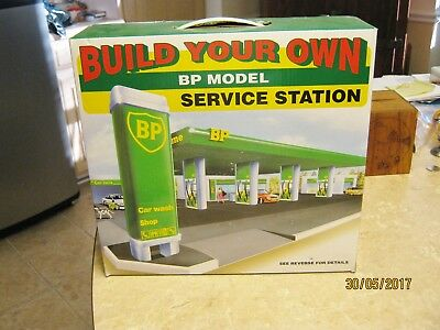 Build your Own BP Gas Service Station Car Wash Toy Model Kit NIB