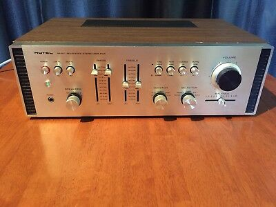 Rotel RA-611 Solid State Stereo Amplifier Vintage Wood timber case (Pick up only