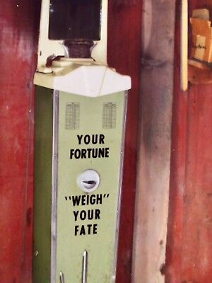 Antique/Vintage 1937 American Wash DC. Weight and Fate Scale with Mirror